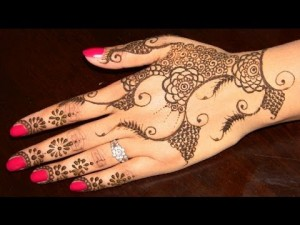 Girls-Mehndi-Designs-latest
