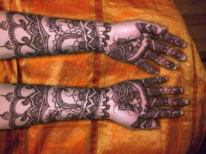 Latest-dulhan-mehndi-designs-for-bride