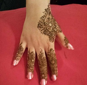 Pakistani-Fingers-Mehndi-Designs