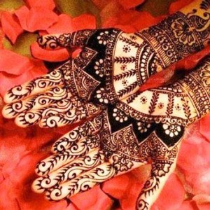 Bridal-Mehndi-Design-for-bride