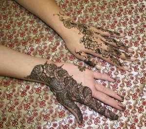 Dubai-Mehndi-Designs-latest