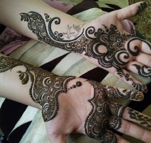 Girls-Mehndi-Designs-Arabic