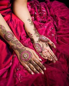 Glitter-Latest-Eid-Henna-mehndi-Design
